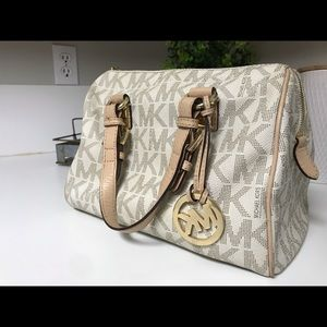 Vanilla Michael Kors Grayson Bag
